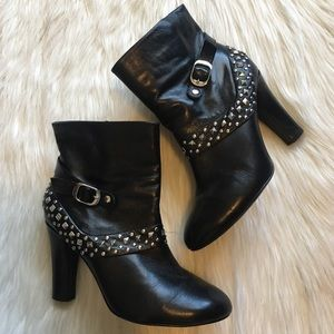 Ros Hommerson Black Leather Studded Booties 9W